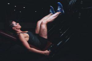 musculation des jambes d'une femme