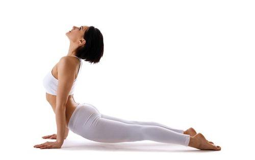 posture chien tete en haut yoga