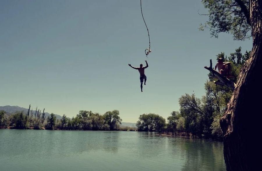 saut dans l'eau